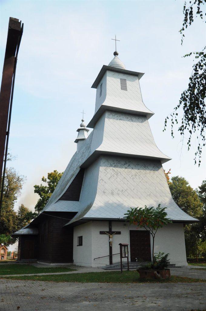 Drewniany kościół pw św Apostołów Piotra i Pawla w Kaniem