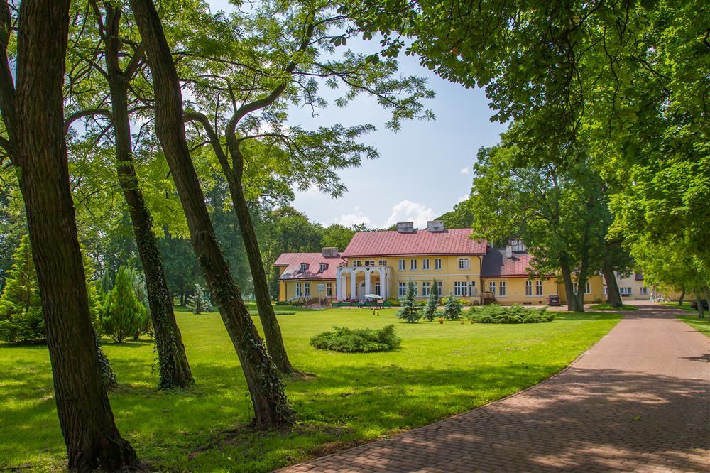 Zespół dowrsko-parkowy w Chojnie Nowym - gmina Siedliszcze